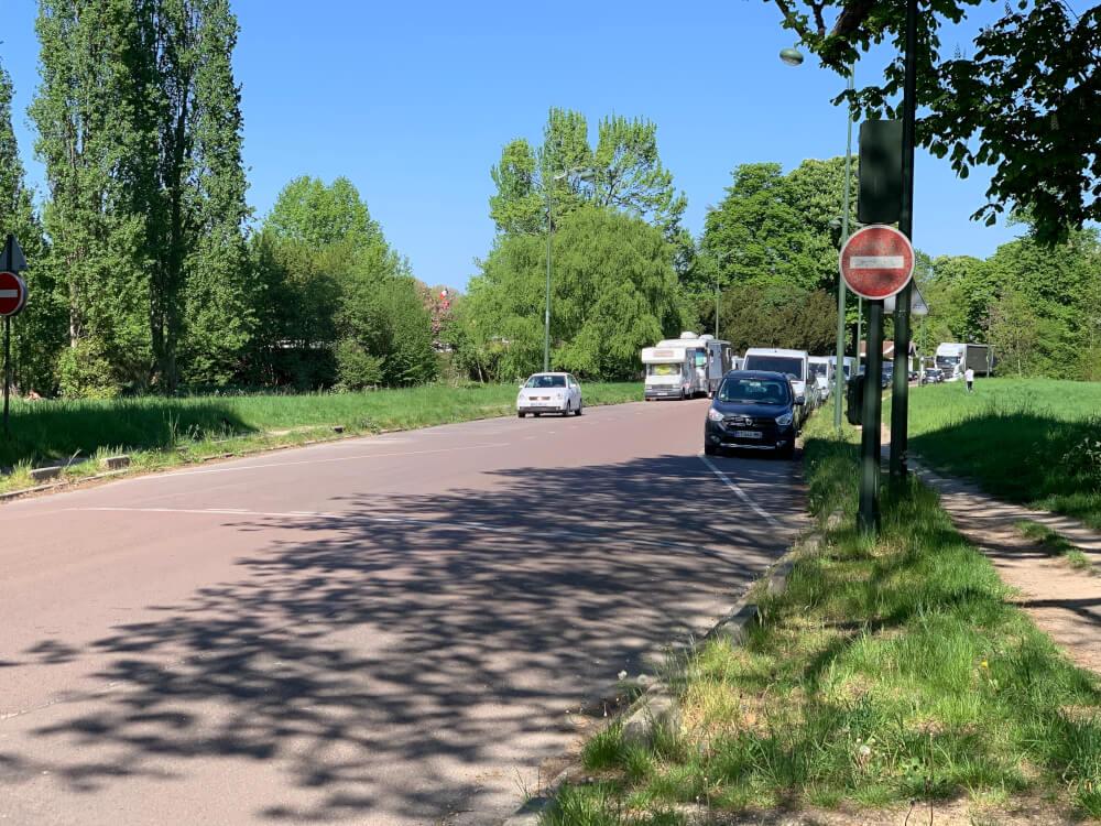 Wohnmobilstellplatz an der Route de Moulins