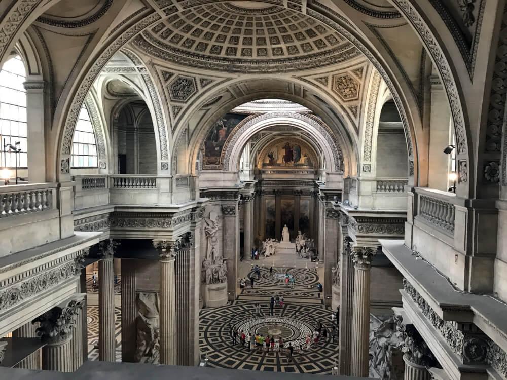 Die verwinkelten Gänge im Inneren des Pantheons