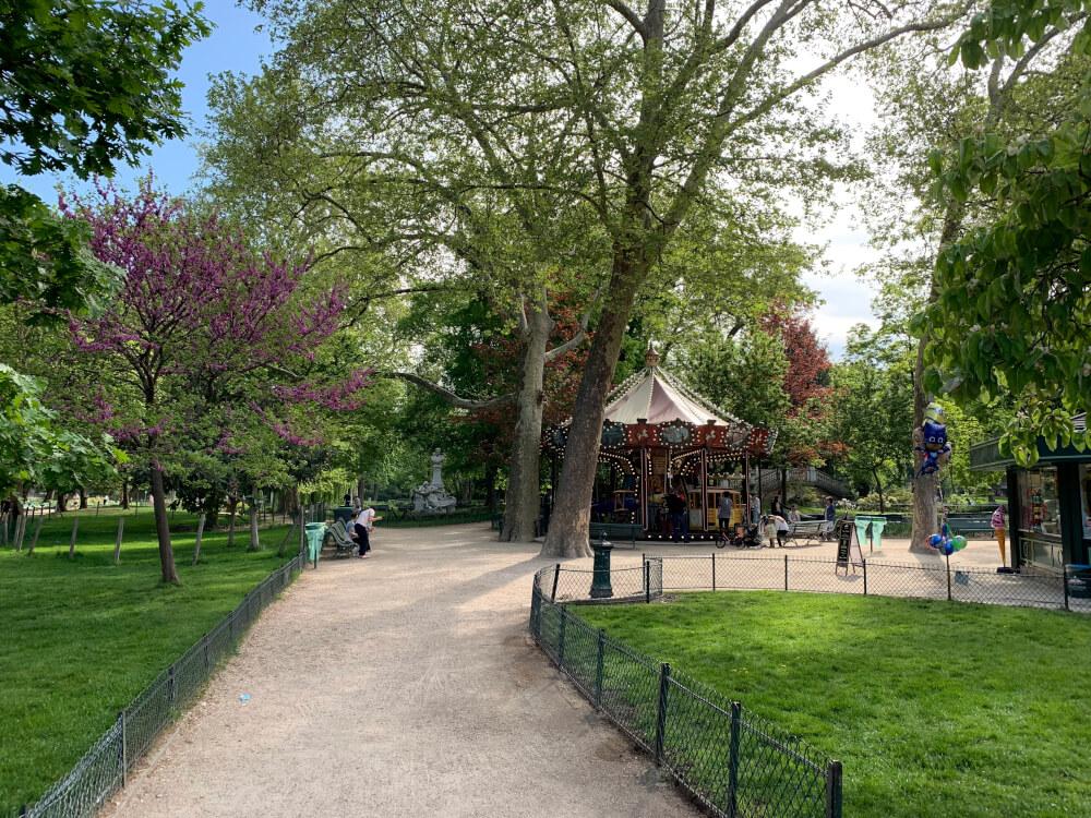 Geheimtipps Paris Nr. 6 Das Karusell im wunderschönen Parc Monceau